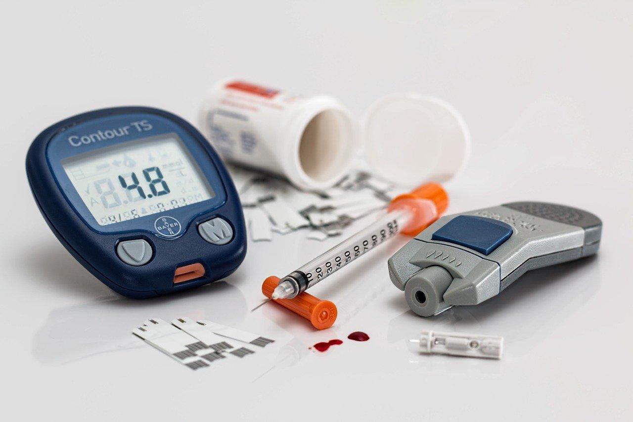 Quem é o médico que cuida de diabetes?
