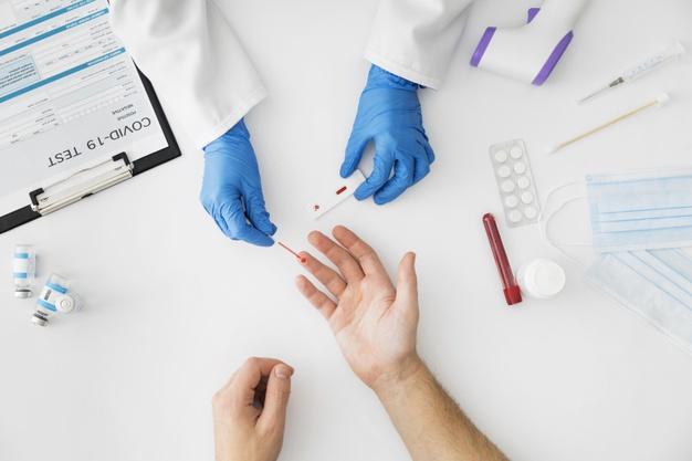 Quando fazer o teste do coronavírus e qual é o mais eficaz?
